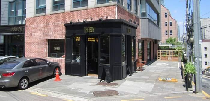 Cafe The Boy IMG.jpg