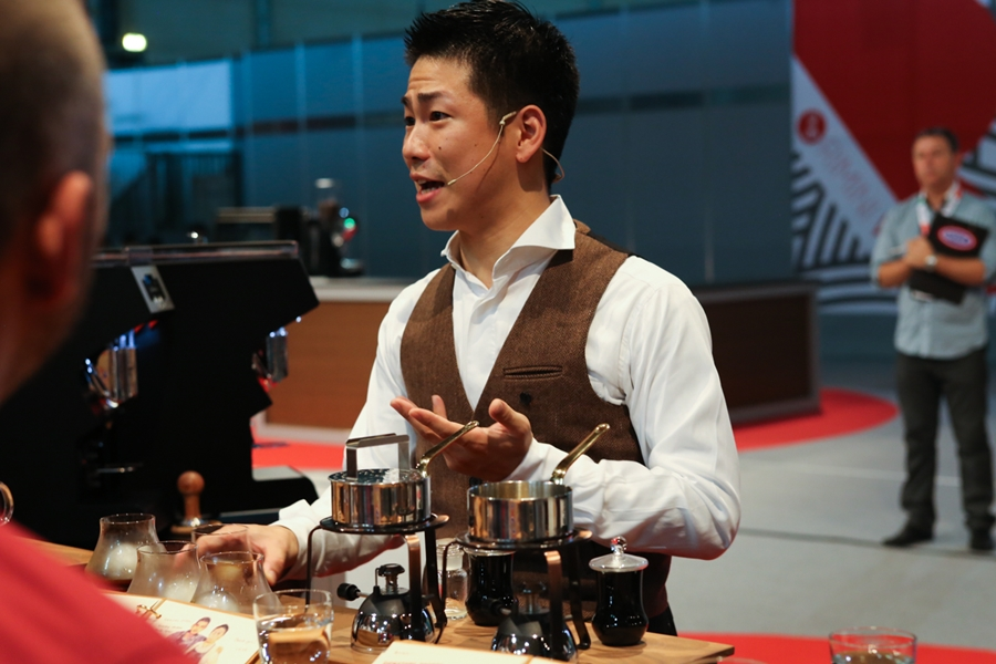 2014-world-barista-champion-hidenori-izaki-8447.jpg