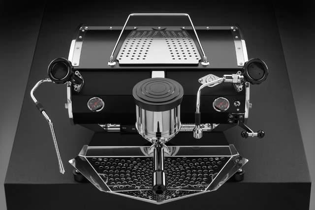 speedster-Speedster-black-3.jpg