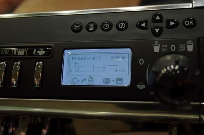 IMGP1051.jpg : La Cimbali M39 HD 의 DPS(Driving Pressure System)