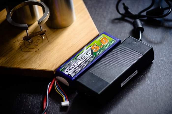 MOLA-e-battery-akku-power-supply-netzteil.jpg
