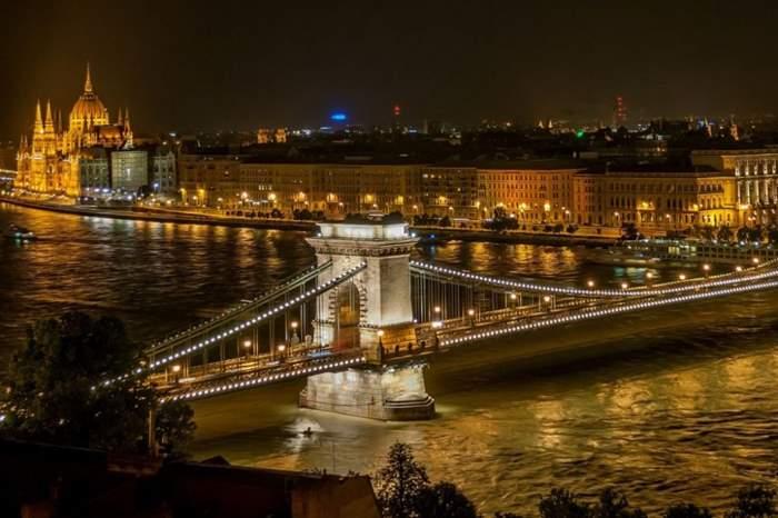 budapest-525857_1920-1.jpg
