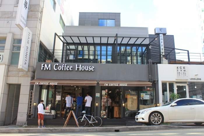 4e81accfead0720849d6521e0bd1d9d2.jpg : [부산] FM COFFEE HOUSE에서 바리스타를 모집합니다.