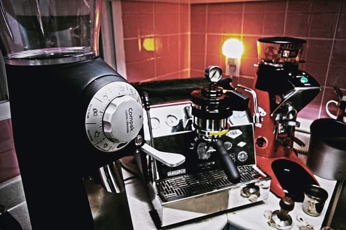 IMGP2099.JPG : COMPAK RETAIL GRINDER R-80