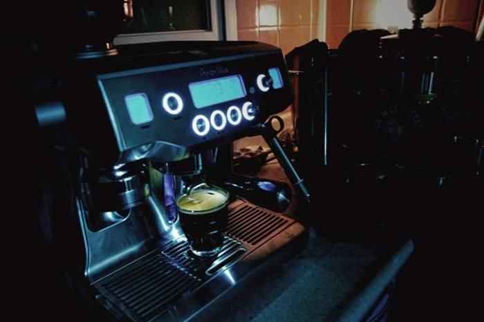 IMGP4110.jpg : BREVILLE BES 980 - THE ORACLE 오피스 에스프레소 머신으로서의 발군의 커버리지